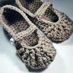 Mary Jane Slippers - croche..