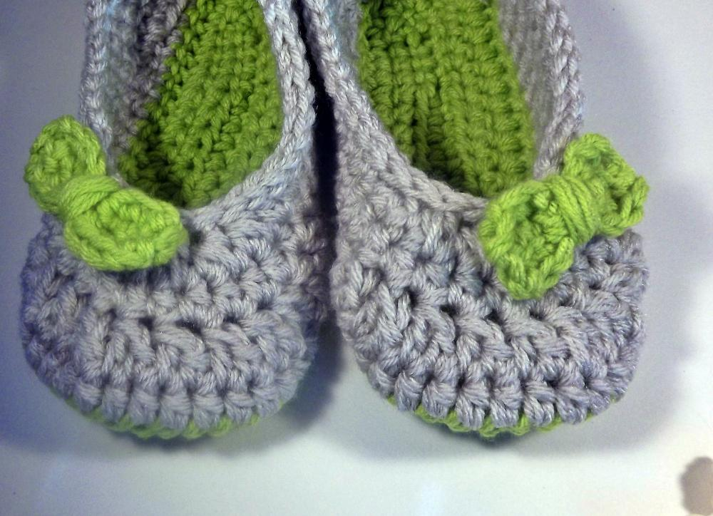 Women's house shoes, slippers, lime green with bow, ballet style