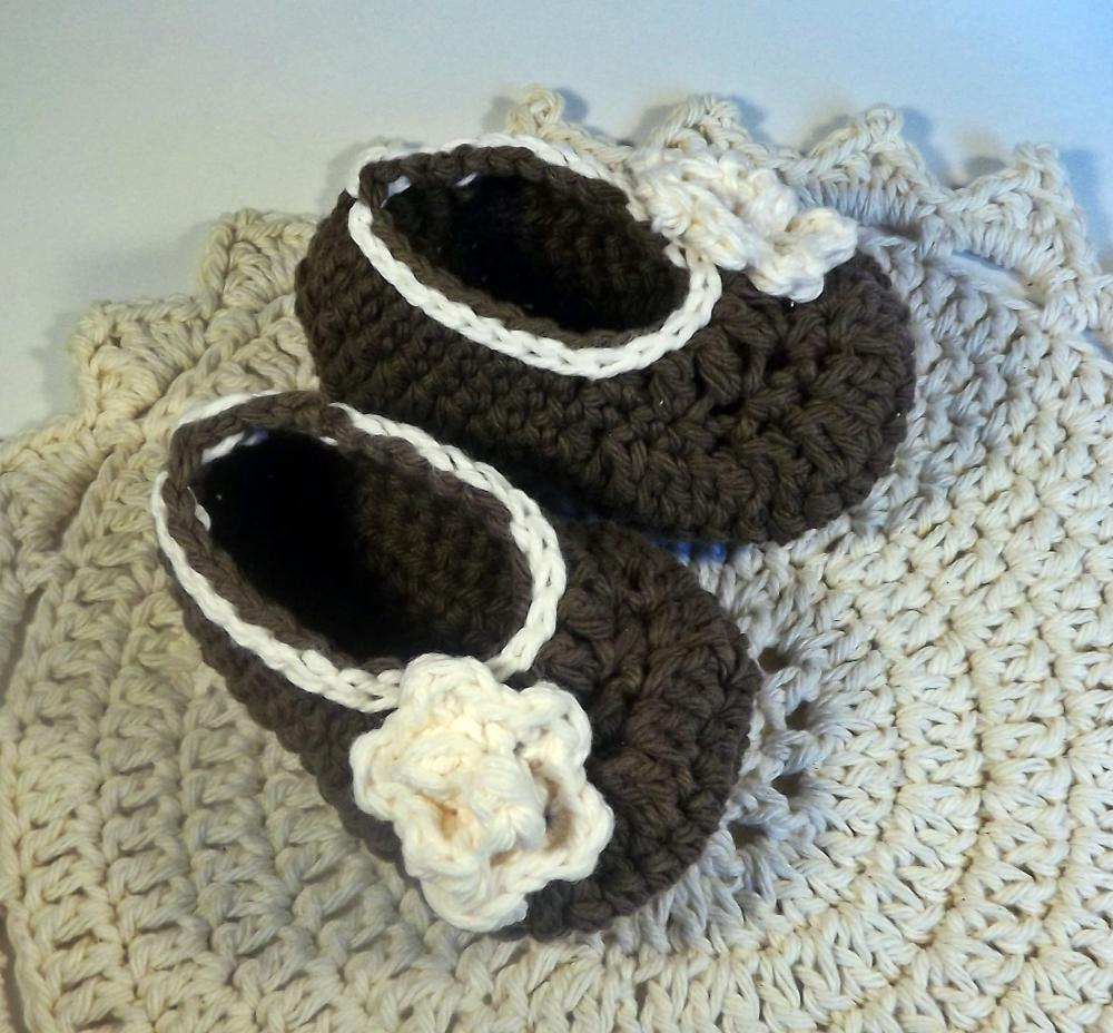 Rose booties - chocolate brown and cream