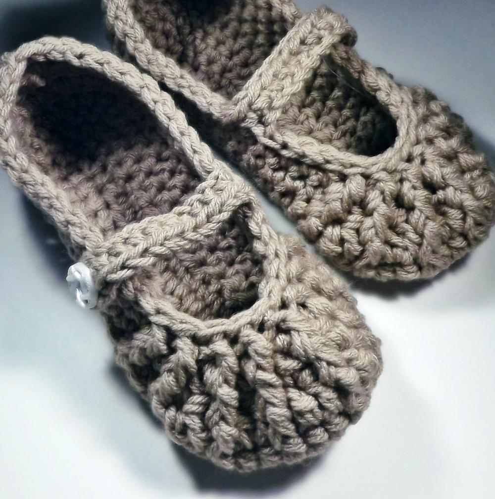 Mary Jane Slippers - crochet - for women - brown